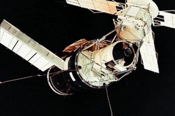 Americké vesmírne laboratórium Skylab.