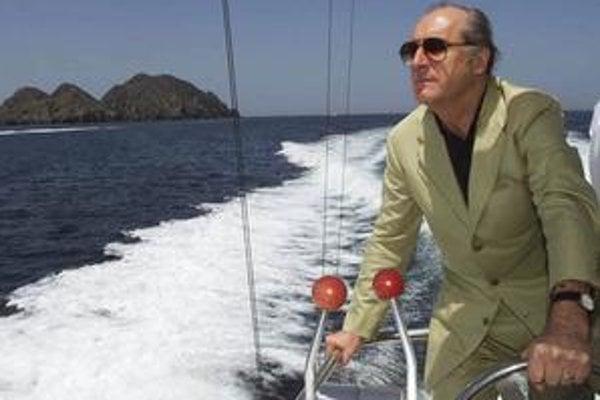 Thomas Klestil na motorovom člne.
