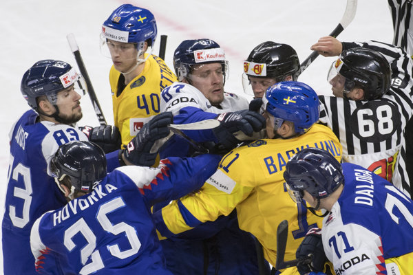 Momentka zo zápasu Slovensko - Švédsko.