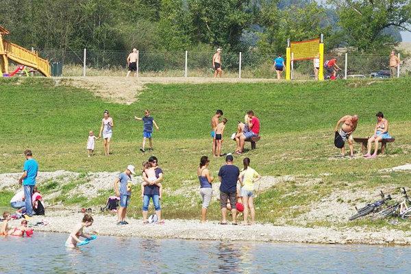 Na Podhradské more prišli minulý rok počas horúčav stovky návštevníkov.