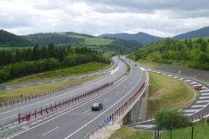 Križovatku na D1 medzi obcami Fričovce a Hendrichovce sprístupnili pre vodičov.