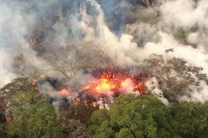 Nepokojná sopka Kilauea.