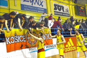 Zatiaľ poslednou ranou je koniec basketbalistov KB Košice.
