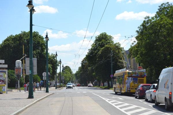 Cyklochodník povedie od križovatky Masarykova-Kuzmányho až po hotel Dukla.