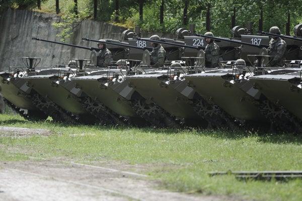 Bojové vozidlá BVP-M a BPS-VI ISTAR pechoty - ilustračná fotografia.