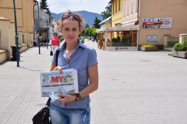 Janka Klobučníková z Kysuckého Nového Mesta si prevzala prvú výhru.