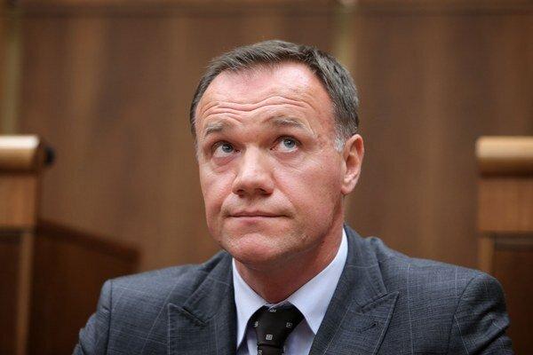 Minister Čislák.