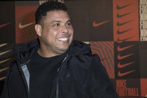 Legendárny bývalý brazílsky útočník Ronaldo.