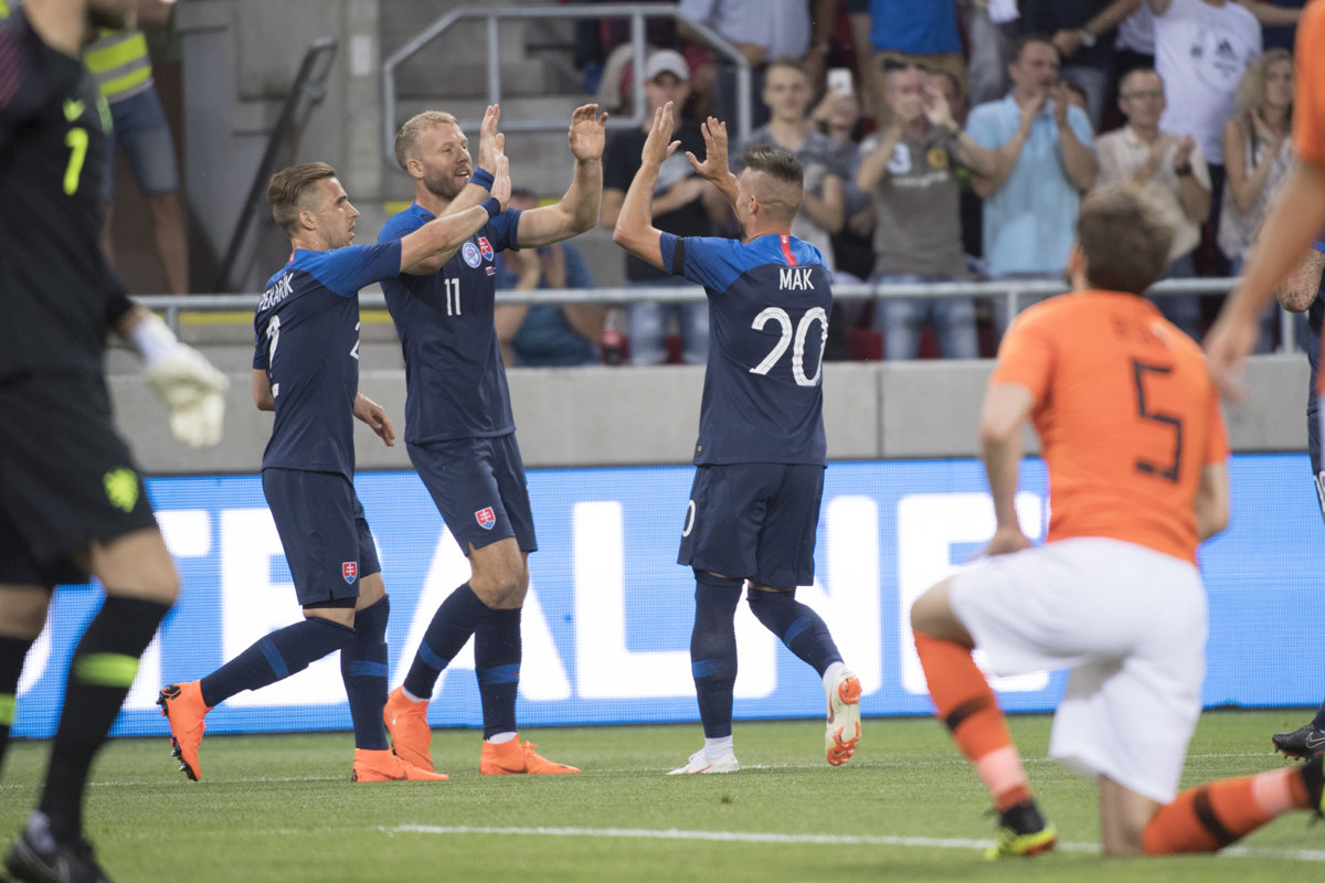 f1add9f3906e8 Slovensko : Holandsko - Futbal 2018 - Online prenos - Šport SME