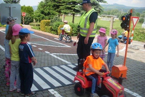Do detského dopravného ihriska pribudlo nové vybavenie.