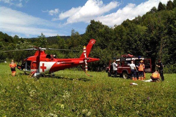 70-ročný muž potreboval pomoc záchranárov.