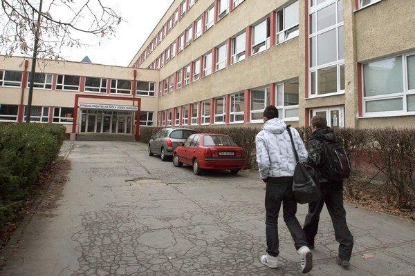 Stredné školy v kraji si polepšia.
