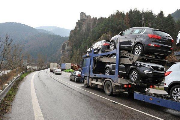 Ministerstvo plánuje odstaviť hlavný cestný ťah na východ.