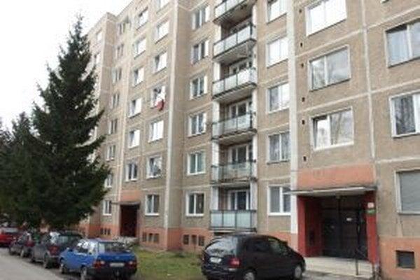 V tomto paneláku v Žiline získali byt manželia Čorbovci.
