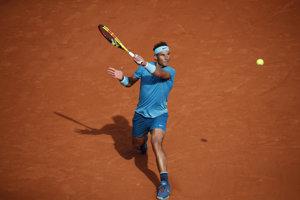 Rafael Nadal stále nemá na antuke veľkého súpera.