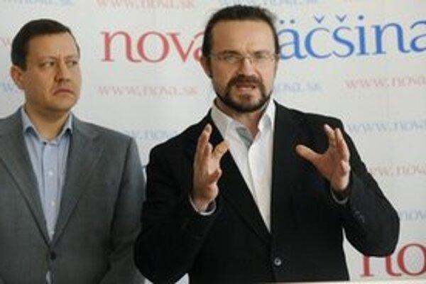 Predseda strany Nová väčšina Daniel Lipšic a kandidát na post predsedu Žilinského samosprávneho kraja Michal Sygút.