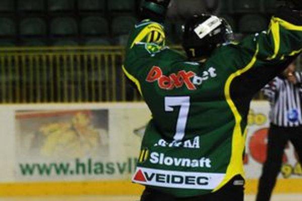 Václav Stupka sa takto tešil zo svojho gólu.