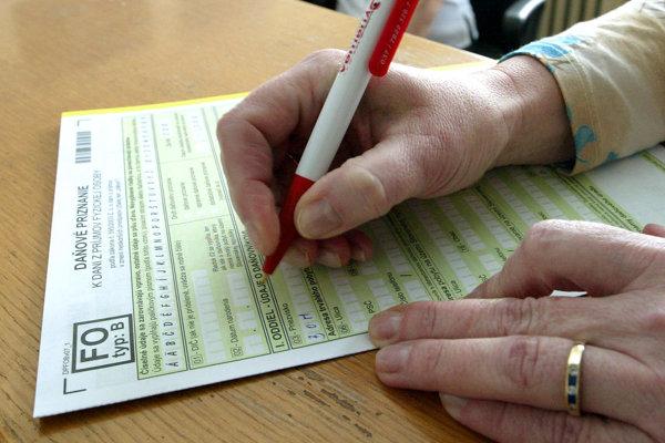 Na on-line komunikáciu o daniach si treba nechať rezervu