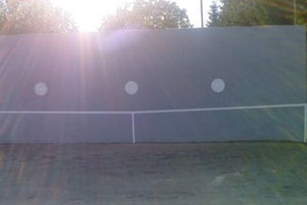 Tenisová stena prešla rekonštrukciou.