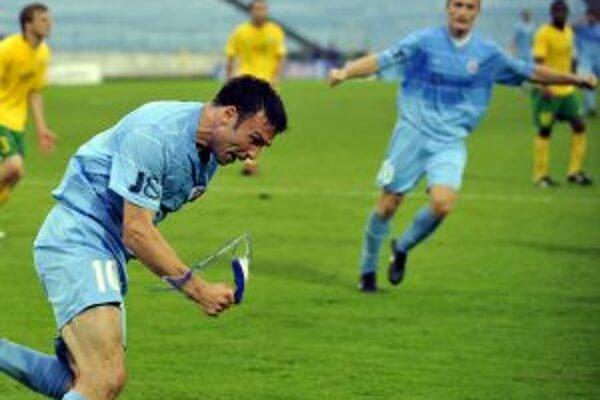 Samuel Slovák sa stal hrdinom dohrávaného stretnutia 2. kola najvyššej futbalovej súťaže Slovenska, keď v sledovanom šlágri rozhodol o víťazstve Bratislavčanov.