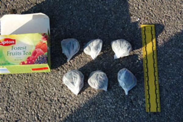 U mladíka našli drogy z Poľska.