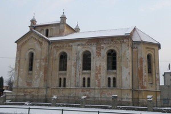 Synagógu v Bytči zachránili pred zrútením v hodine dvanástej.