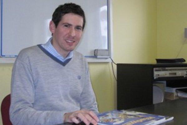 Thomas Ford z Anglicka prišiel učiť na Slovensko.