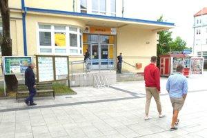 Vyvolávací systém zaviedli na pošte v centre mesta.
