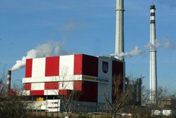 Spaľovňa odpadu v Bratislave stojí medzi sídliskom Petržalka a závodom Slovnaft.