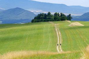 Cesta hrdinov SNP je najznámejšia a najdôležitejšia turistická magistrála na Slovensku.