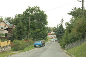 Ovocinárskou ulicou prejdete autom iba s povolením