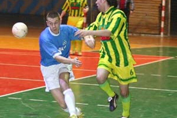 Žilinčania sa proti skúsenému súperovi z Martina presadili hlavne zásluhou premieňania gólových šancí.