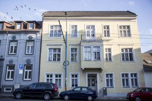 Budova Majáka nádeje na Karpatskej ulici.