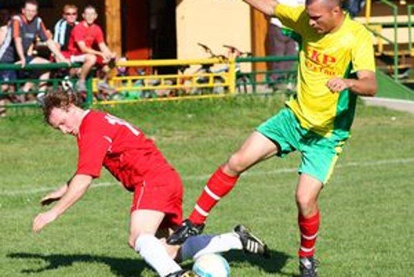 Momentka zo zápasu II. triedy Hôrky - Nededza.