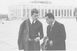 Po prílete do Moskvy v roku 1960 (J. Czuprák je vpravo).