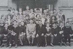 Jún 1958. Škola sa skončila a trieda sa rozchádza do všetkých kútov Slovenska.