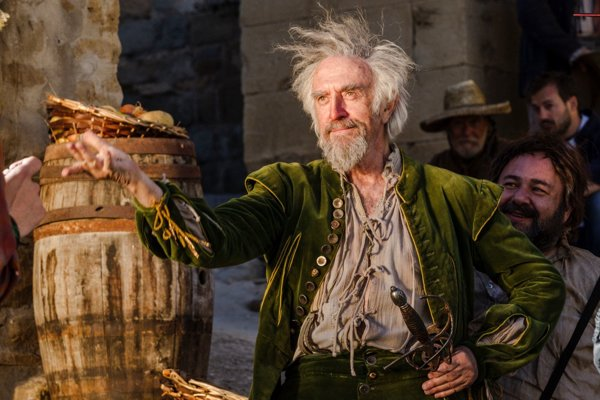 Jonathan Pryce ako muž, ktorý si myslí, že je Don Quijote.