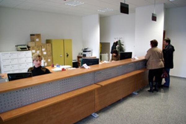 Kvôli dani z nehnuteľnosti upravili otváracie hodiny aj v Klientskom centre Mestského úradu v Žiline.