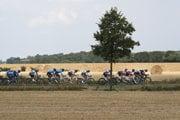 Cyklisti počas 7. etapy na Tour de France 2018.