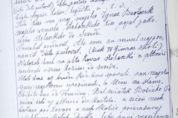 Na písme autora kroniky je vidieť ešte vplyv nemeckého písma švabachu. Remeselníci v tom období museli ovládať nemčinu, aj maďarčinu. V obchodných a remeselníckych kruhoch bola vtedy nemčina rozhodujúcim jazykom. Na tejto strane si môžete prečítať, ako au