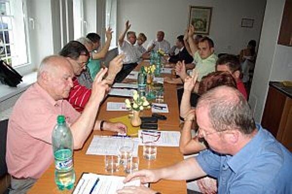 Členovia mikroregiónu po čase opäť hlasovali o poskytnutí príspevku pre pohotovosť