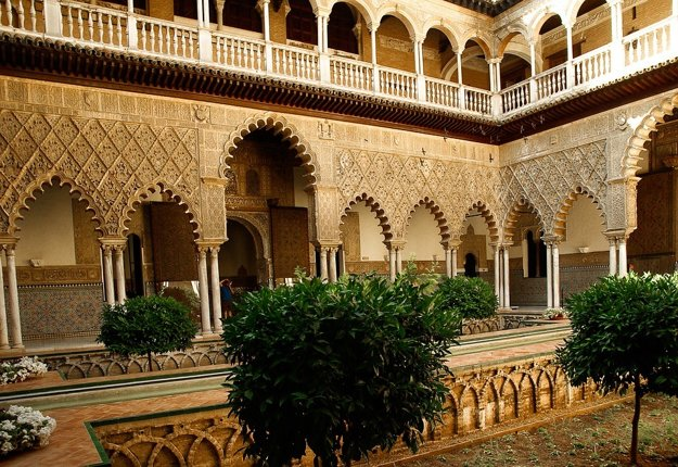 Nádvorie hradu Alcazár, Seville, Andalúzia.