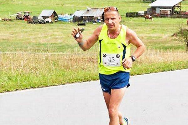 Viktor Fonfer na maratónskej trati.