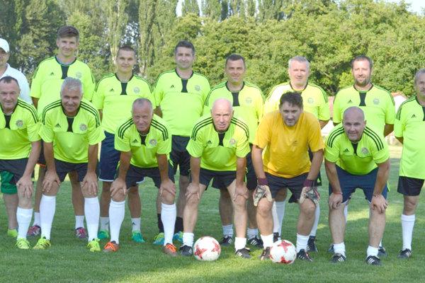 Veterán club FK Slovan Levice sa stal víťazom deviateho  ročníka memoriálu vHronských Kľačanoch.