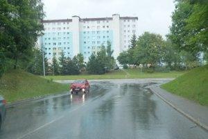 Zo Stavbárskej ulice sa už nebude dať odbočiť vľavo.