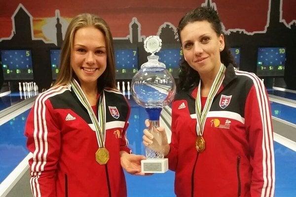 Zľava Evka Štefanidesová a Dagmar Dideková.