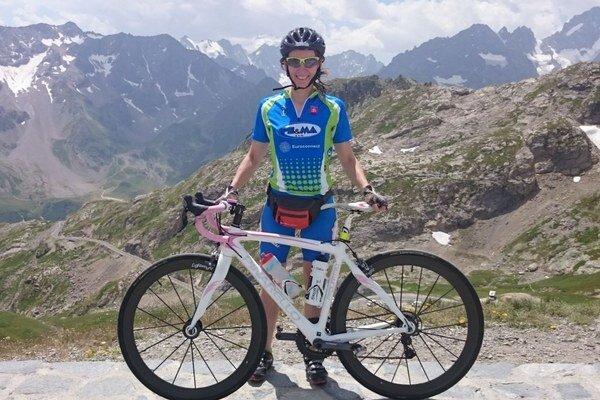Eva Brečková si prebrala cenu v dlhom triatlone.