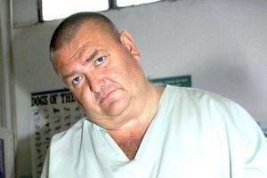 MVDr. Martin Král dostáva za asanačné služby od mesta 7300 eur mesačne.