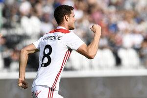 Trenčan Jamie Lawrence sa raduje po góle na 1:0.