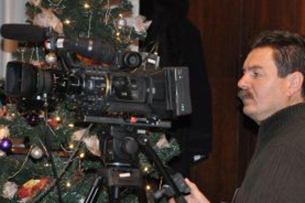 Mestská televízia dostala vianočný darček v podobe prežitia Nového roku.